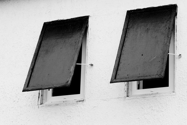 Photo Lucas Pintor Derrière ces volets : une start-up en préparation ...